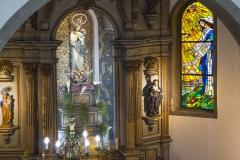 """Santuário - Altar Mor e Vitral """"Cidade da Virgem"""""""